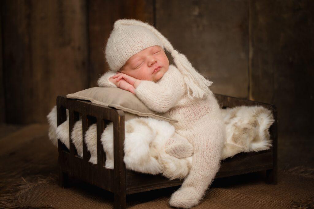20210331  85S5795 Edit 1024x683 - Newborn Photography