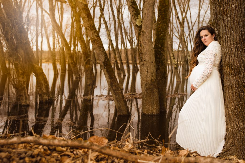 Aubrie Maternity 1012 1024x683 - Maternity Photography