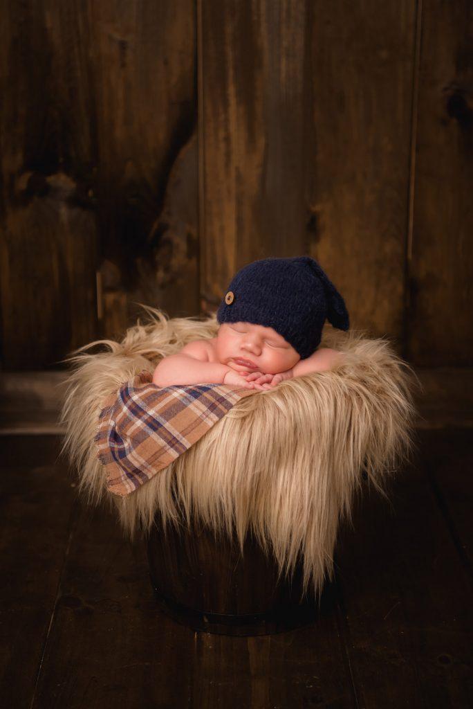 Decota infant 11 684x1024 - Newborn Photography