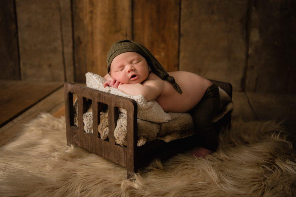 Kelley Jo Infant Knox 1049 1024x683 - Newborn Photography