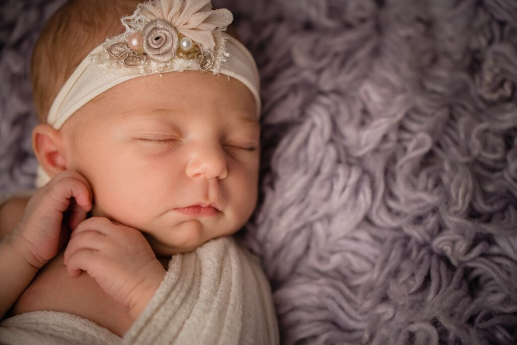 Shelby Maniatty Infant 1046 1024x683 - Newborn Photography