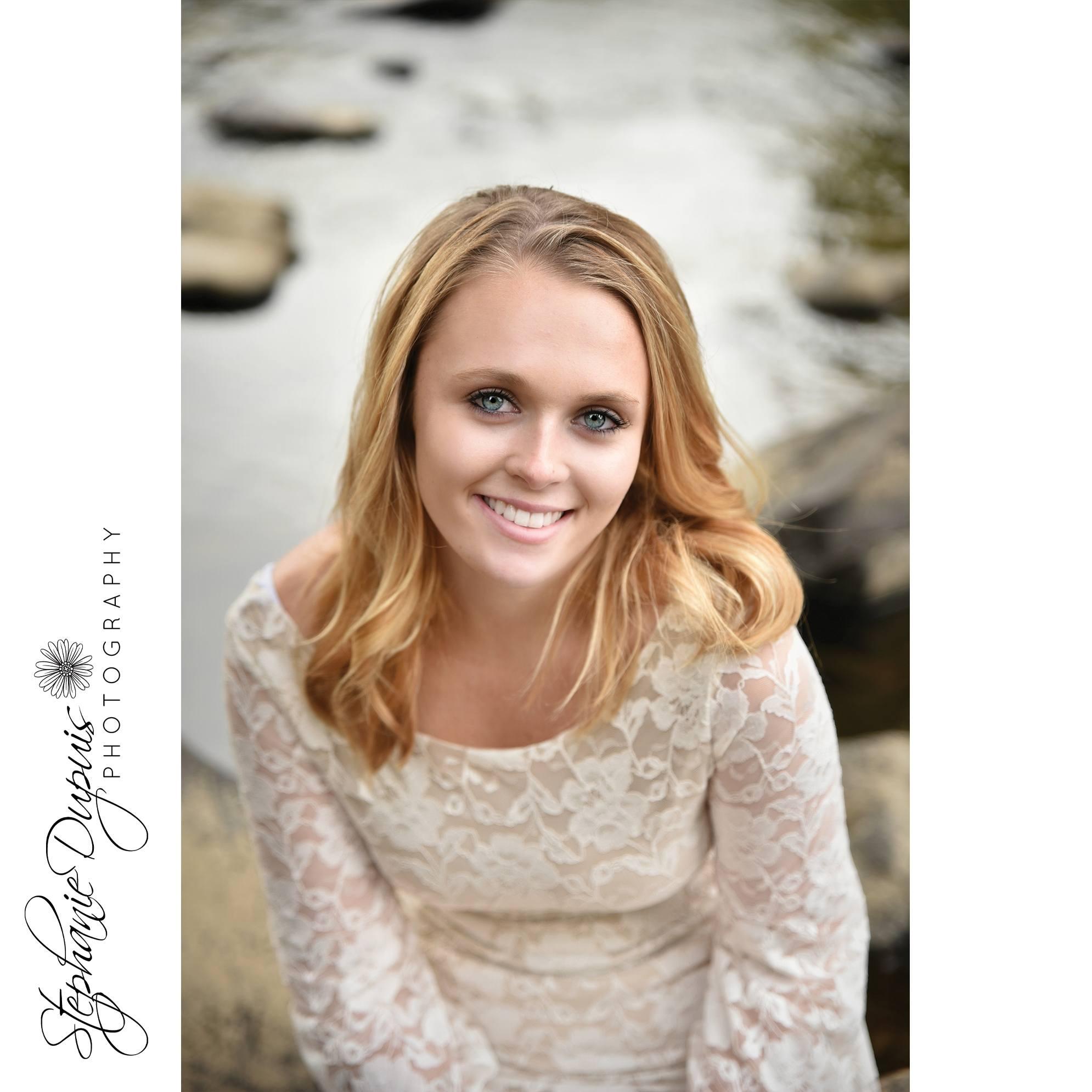 Skylar Senior 1003 - Portfolio: Skylar - HS Senior Session