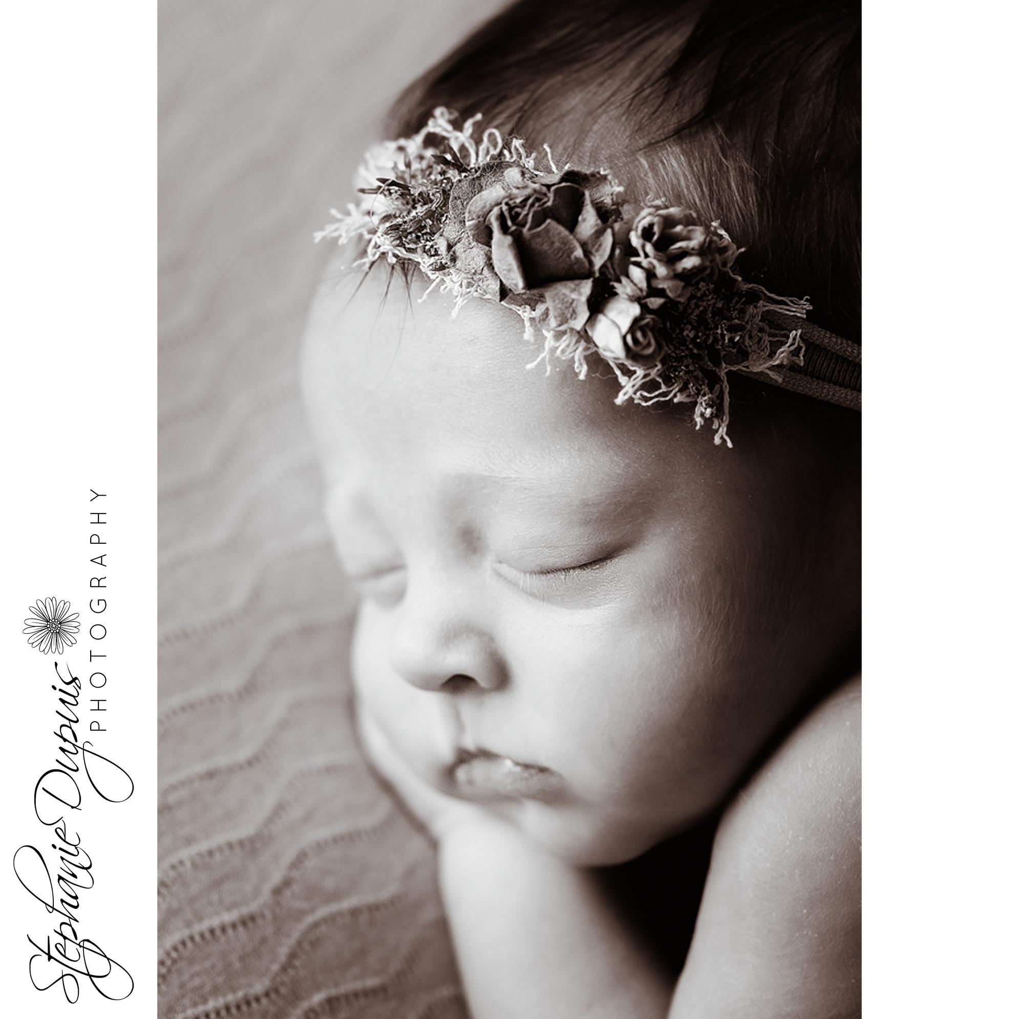 Leavitt 2 - Portfolio: Esme Newborn Session