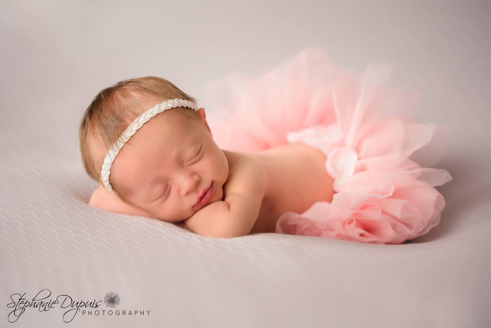 Leavitt 9 - Portfolio: Esme Newborn Session