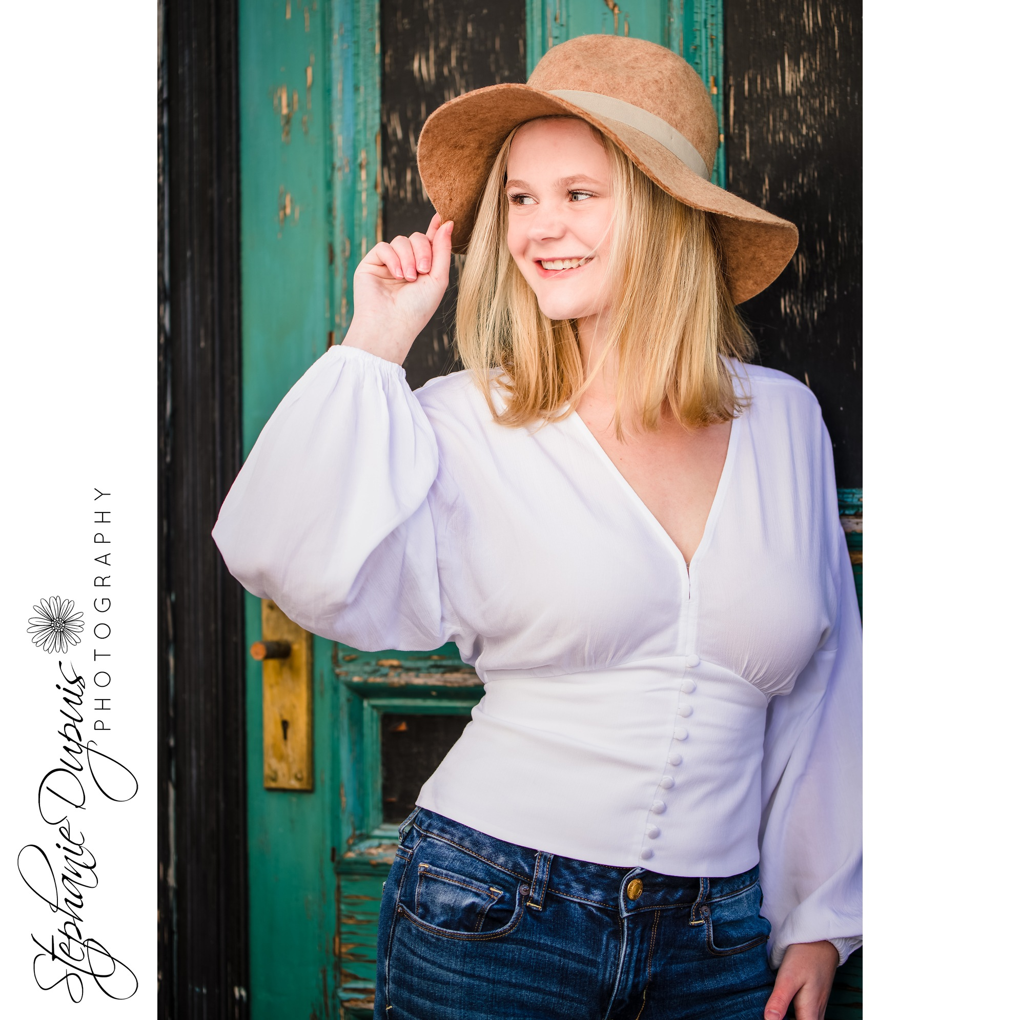 Riendeau 3 2 - Portfolio: Lisa HS Senior Session