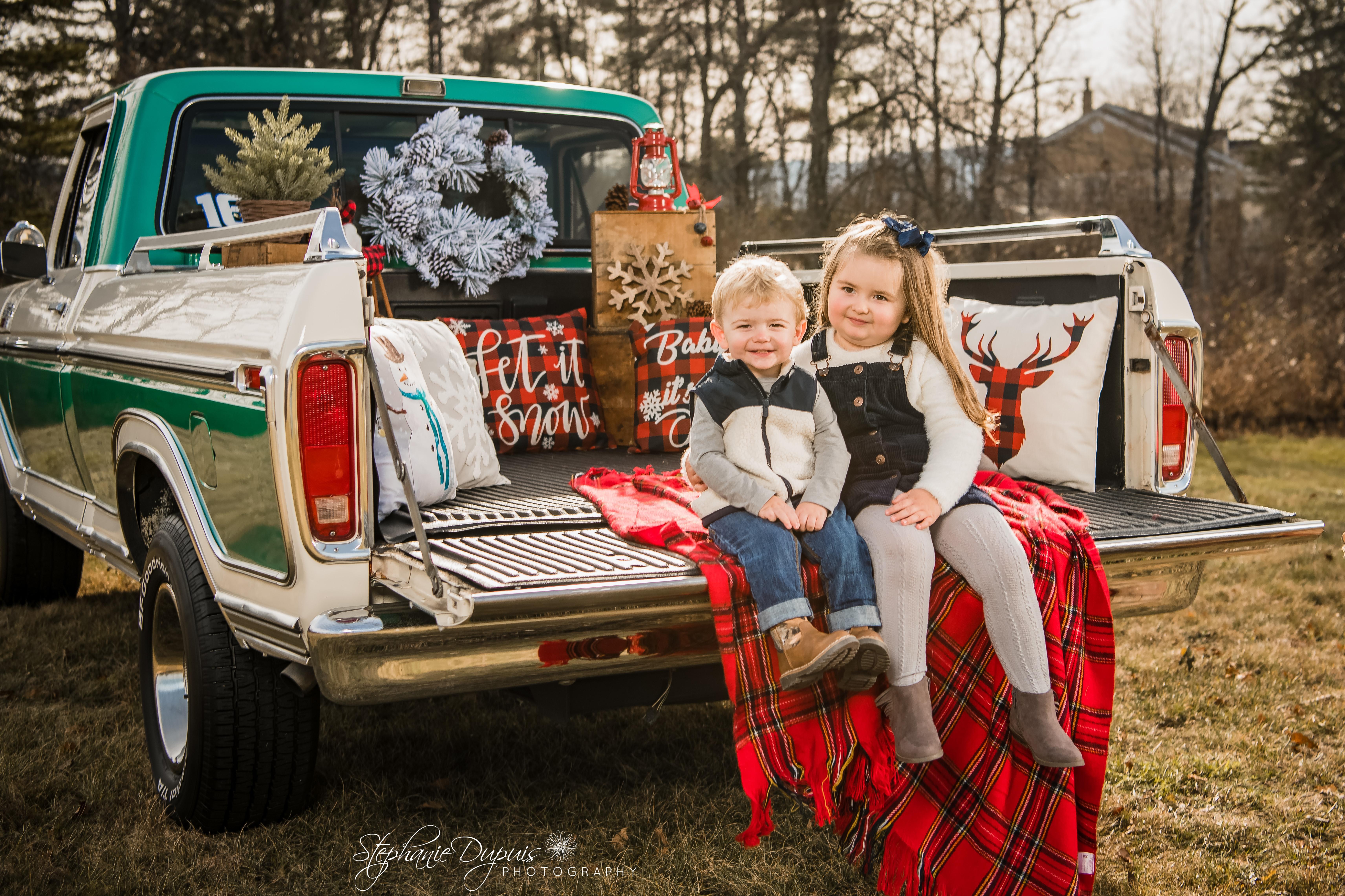 85S2326 Edit - Portfolio: Winter Truck Minis Session