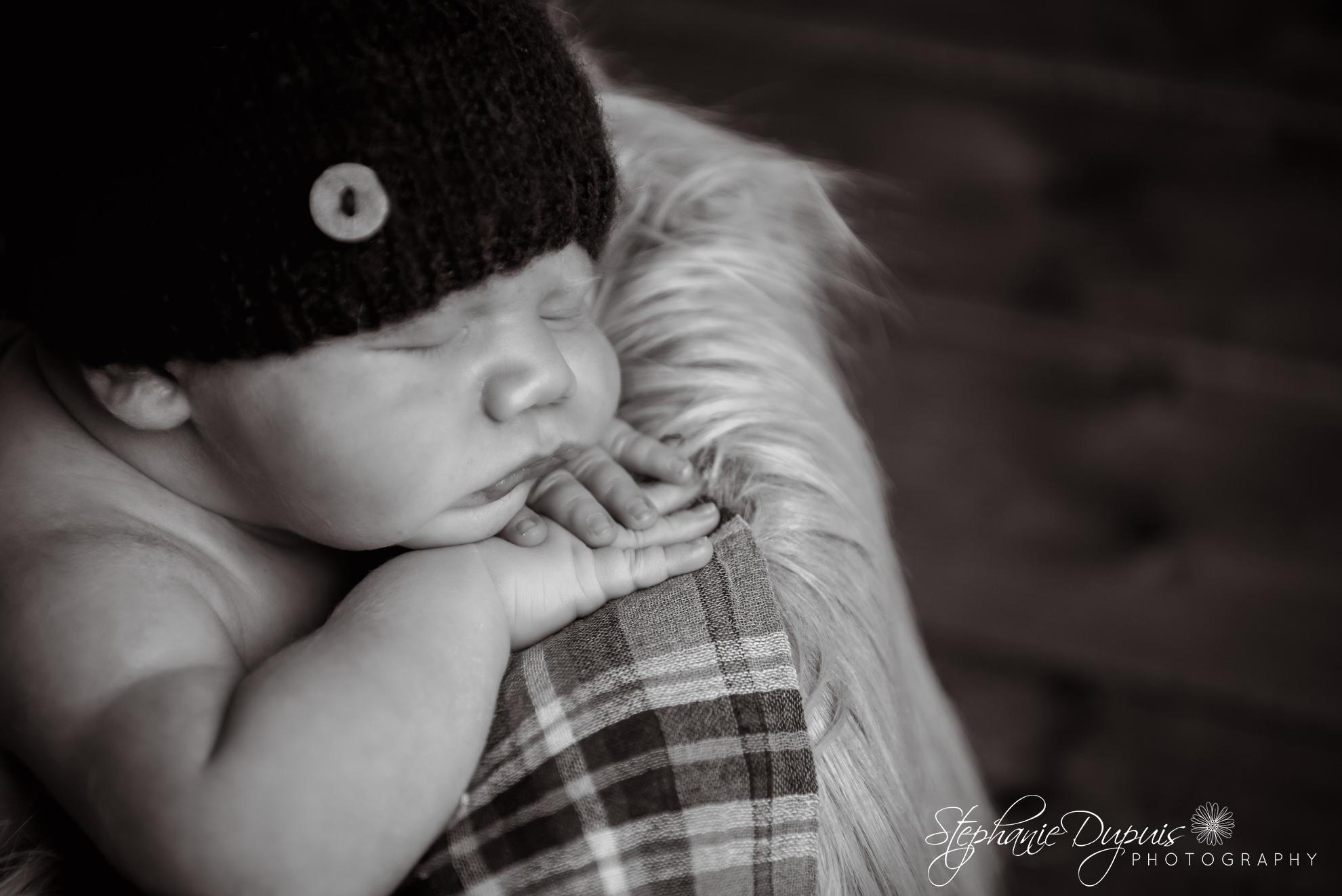 Decota infant 7 - Portfolio: Bohdon Newborn Session