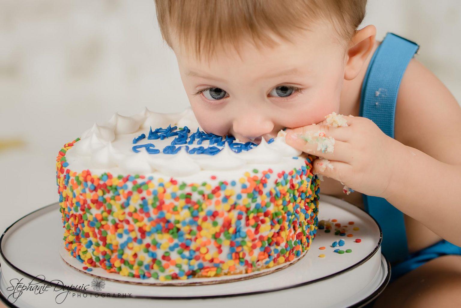 Bisson cake smash 8 1536x1026 - Portfolio: Gannon Cake Smash