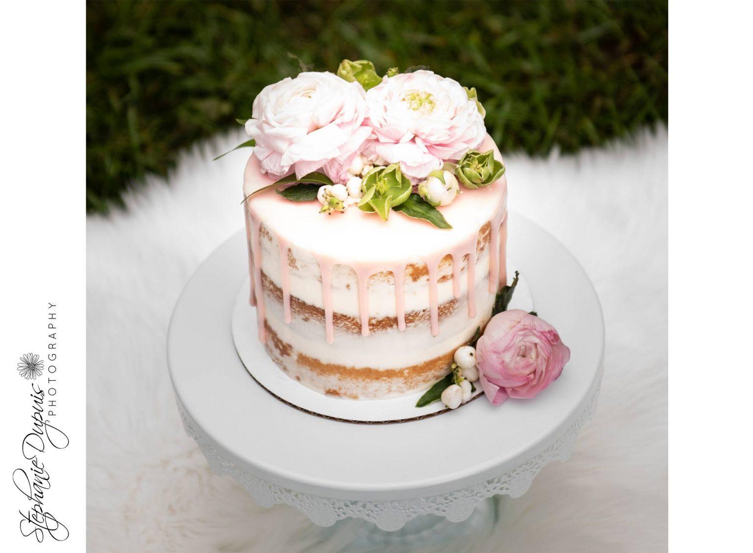 bromley cake smash 3 1536x1128 - Portfolio: Laura Mae Cake Smash